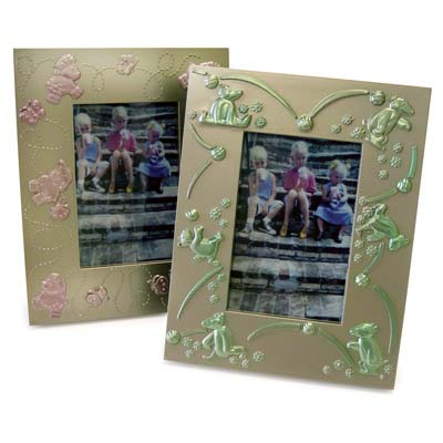 View KIDS PLASTIC PICTURE FRAME 2 ASSORT.